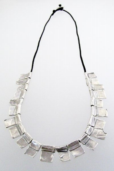 folded planks necklace